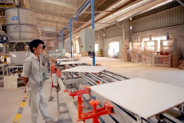 Việt Nam-Cuba hướng tới liên doanh sản xuất vật liệu xây dựng