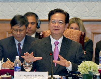 """""""Việt Nam lấy tiền đâu để phát triển nhanh, bền vững?"""""""