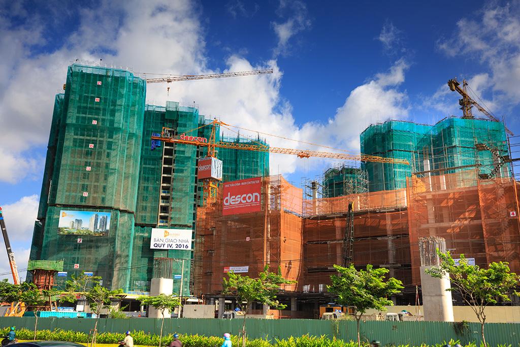 Nhiều người nước ngoài mua căn hộ cao cấp tại Việt Nam