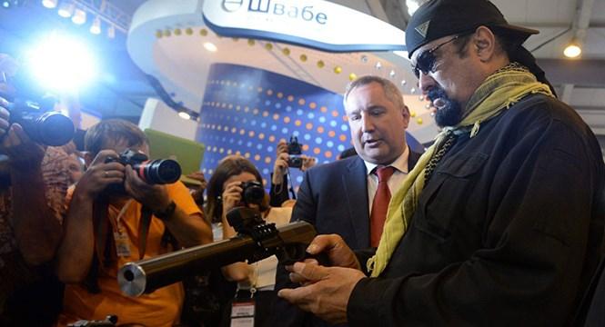 Siêu vũ khí bảo vệ Tổng thống Nga