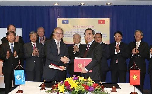 Việt Nam vay WB hơn 19 tỷ USD trong 22 năm
