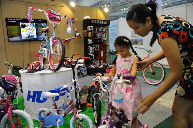 Người dân ngày càng quan tâm đến xe đạp cao cấp