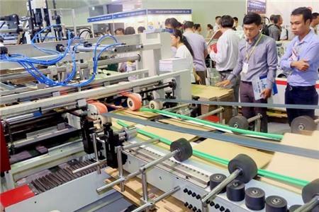 10 tháng, Việt Nam xuất siêu hơn 1 tỉ đô la